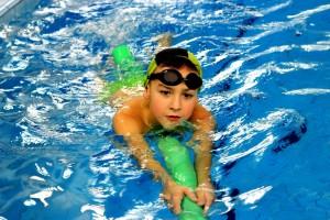 nauka pływania - jesień 2016 - żółwiki na fali (102)