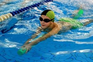 nauka pływania - jesień 2016 - żółwiki na fali (104)
