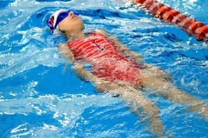 nauka pływania - jesień 2016 - żółwiki na fali (118)
