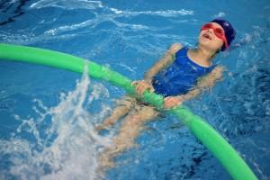 nauka pływania - jesień 2016 - żółwiki na fali (158)