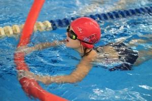nauka pływania - jesień 2016 - żółwiki na fali (164)