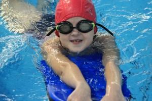 nauka pływania - jesień 2016 - żółwiki na fali (169)