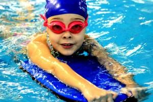 nauka pływania - jesień 2016 - żółwiki na fali (173)