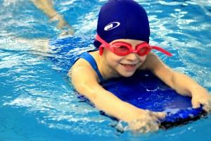 nauka pływania - jesień 2016 - żółwiki na fali (175)