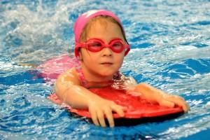 nauka pływania - jesień 2016 - żółwiki na fali (176)