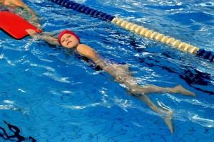 nauka pływania - jesień 2016 - żółwiki na fali (18)
