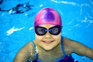 nauka pływania - jesień 2016 - żółwiki na fali (188)