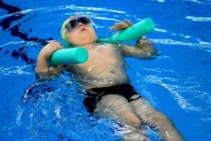 nauka pływania - jesień 2016 - żółwiki na fali (199)
