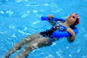 nauka pływania - jesień 2016 - żółwiki na fali (28)