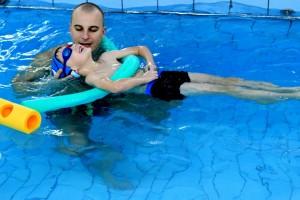 nauka pływania - jesień 2016 - żółwiki na fali (30)