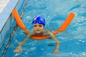 nauka pływania - jesień 2016 - żółwiki na fali (31)