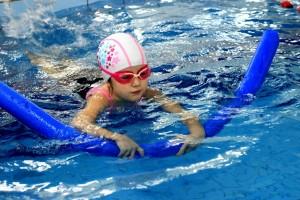 nauka pływania - jesień 2016 - żółwiki na fali (39)