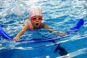 nauka pływania - jesień 2016 - żółwiki na fali (41)