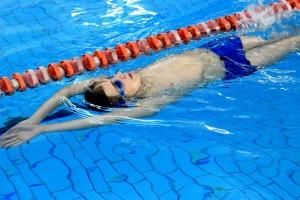 nauka pływania - jesień 2016 - żółwiki na fali (46)