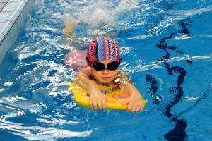 nauka pływania - jesień 2016 - żółwiki na fali (53)