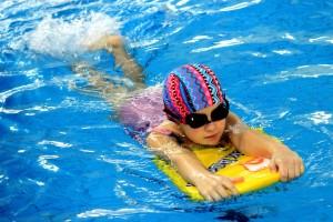 nauka pływania - jesień 2016 - żółwiki na fali (58)