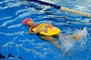 nauka pływania - jesień 2016 - żółwiki na fali (66)