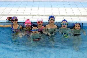 nauka pływania - jesień 2016 - żółwiki na fali (71)