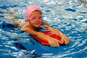 nauka pływania - jesień 2016 - żółwiki na fali (88)