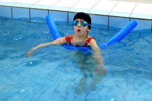 nauka pływania - jesień 2016 - żółwiki na fali (9)