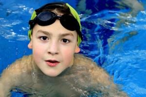 nauka pływania - jesień 2016 - żółwiki na fali (95)