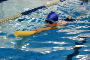 nauka pływania - jesień 2016 - żółwiki na fali (98)