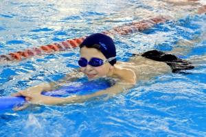 nauka pływania - jesień 2016 - żółwiki na fali (99)